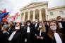 Manifestation des avocats contre le projet de réforme de la justice, à Marseille, le 30 mars.