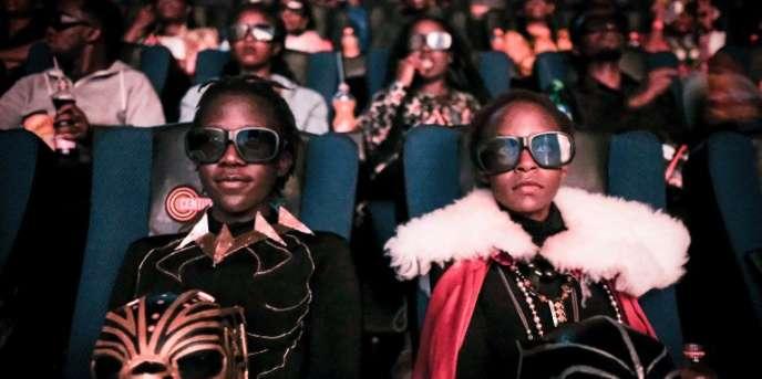 Projection en 3D de «Black Panther» dans un cinéma de Nairobi, le 14février 2018.