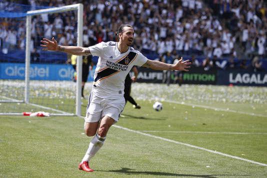 Zlatan Ibrahimovic, auteur d'un doublé pour son premier match avec les Los Angeles Galaxy, le 31 mars.