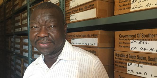 Youssef Onyala, le directeur des archives nationales, à Juba, au Soudan du Sud, en novembre 2017.