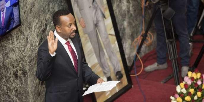 Le nouveau premier ministre éthiopien, Abiy Ahmed, prête serment devant le Parlement, le 2avril 2018, à Addis-Abeba.