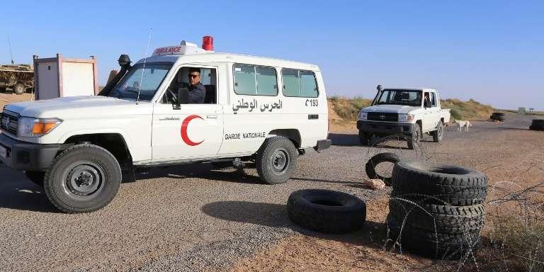 Des véhicules de la garde nationale dans la région de Ben Guerdane, en Tunisie, le 19mars 2018.