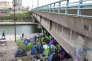 Campement de migrants situé sur le canal Ourq en direction de Bondy. Lieu situé à proximité du centre commercial LE MILLENAIRE à Aubervilliers.