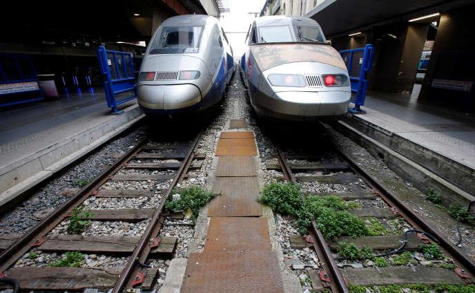Un TGV sur cinq devrait circuler lundi 9 avril.