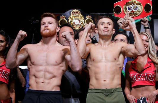 Le 15 septembre 2017 : Canelo Alvarez (à gauche) et Gennady Golovkin lors de la pesée à Las Vegas (Nevada).