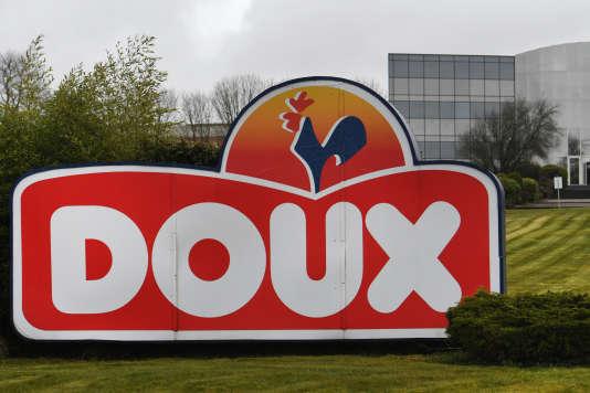 Le site de Châteaulin (Finistère) du producteur de poulets Doux, le 23 mars.