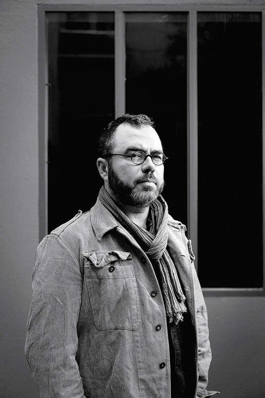 Le plasticien Olivier Darné.