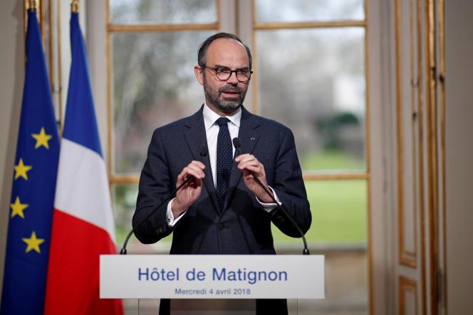 Le premier ministre Edouard Philippe à Matignon, le 4 avril.
