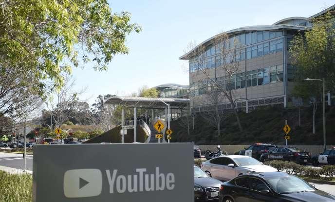Selon la police, la femme a tiré sur des personnes au siège de Youtube à l'heure du déjeuner, avant, semble-t-il, de se suicider avec son arme.