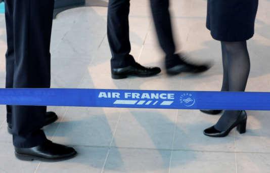 Insatisfaits à l'issue de leur rencontre avec la direction, le 4avril, les syndicats d'Air France ont annoncé des grèves les 17, 18, 23 et 24avril.