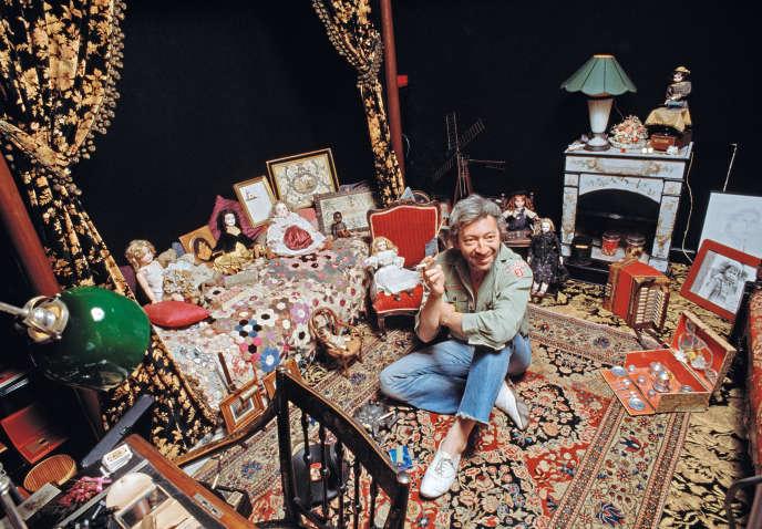 Serge Gainsbourg chez lui, à Paris, le 5 décembre 1979, dans sa période reggae.