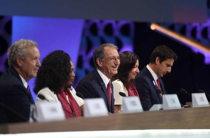 Denis Masseglia (au centre) alerte sur les« nombreuses remontées des clubs» qui s'alarment des« signaux négatifs» envoyés à propos des JO 2024.