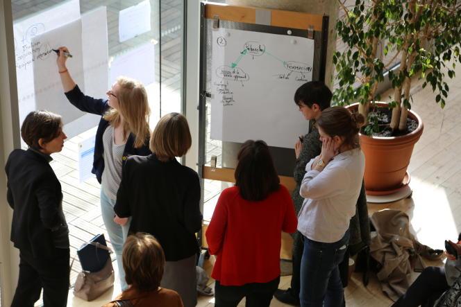 Atelier lors de la conférence internationale« Vers une planète apprenante» organisée le 28 mars 2017 par le Centre de recherches interdisciplinaires et l'Institut Pasteur.