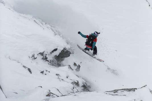 La snowboardeuse Marion Haerty, championne du monde 2017, remporte l'Xtreme de Verbier (Suisse), cinquième et dernière étape du Freeride World Tour 2018. Elle termine vice-championne du monde.