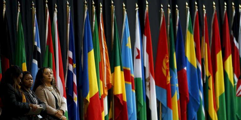 Drapeaux africains au sommet de l'Union africaine, àJohannesburg, en juin 2015.