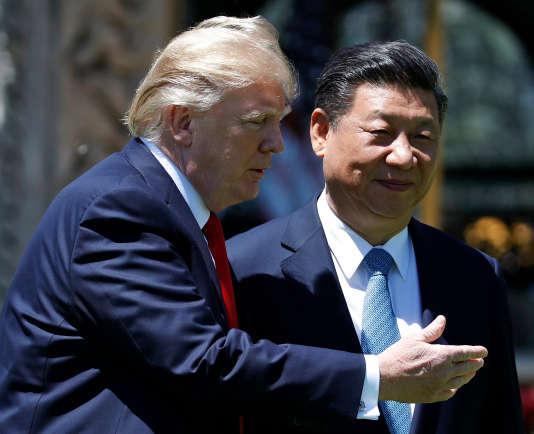 Donald Trump avec le président Xi Jinping lors de le rencontre le 7 avril à Mar-a-Lago à Palm Beach, en Floride.