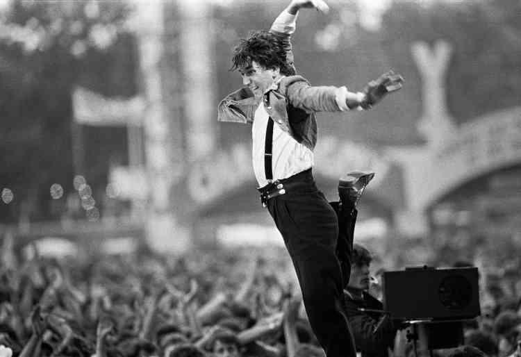 Jacques Higelin lors d'un concert à la Fête de «L'Humanité», à Paris, le 14septembre 1986.