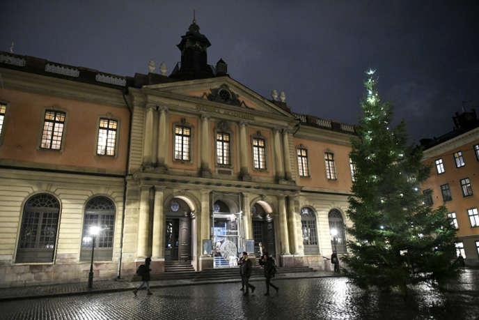 L'Académie suédoise, fondée en 1786, est chargée depuis 1901 de l'attribution du prix Nobel de littérature.