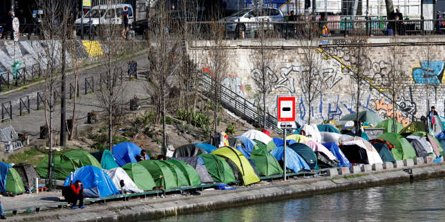 Un campement de migrants, à Paris, le 6 avril.