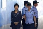 L'ex-présidente de Corée du Sud,Park Geun-hye,arrive à son procès le 7 août 2017. Elle a été condamnée le 6 avril 2018 à vingt-quatre ans de prison.