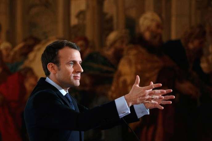 Emmanuel Macron, au palais de l'Elysée, le 26 mars.