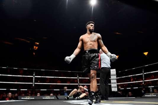 Tony Yoka a mis KO Cyril Léonet le 7 avril, au Palais des Sports de Paris.