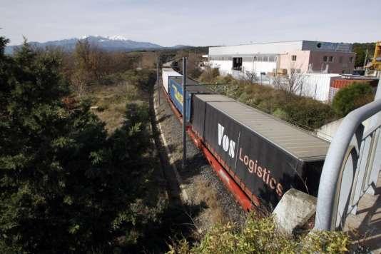 Au Boulou (Pyrénées-Orientales),en 2012. Le secteur du fret ferroviaire représente 9,9% du transport de marchandises en France.