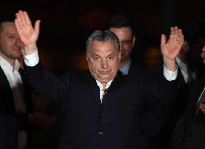 Le premier ministre hongrois Viktor Orban au soir de la victoire de son parti dimanche 8 avril.