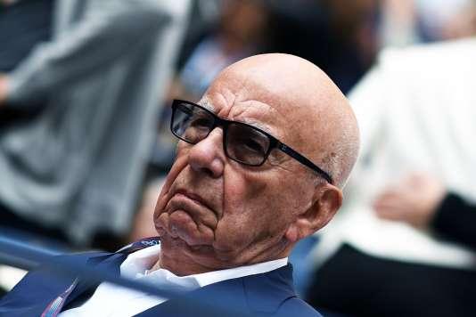 Le groupe Fox de la famille Murdoch est aux prises avec l'autorité de la concurrence du Royaume-Uni quant au projet d'achat de 61 % d'actions supplémentaires du géant britannique de télévision Sky.
