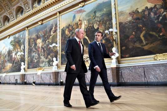Emmanuel Macron et Vladimir Poutine auchâteau de Versailles, le 29 mai2017.