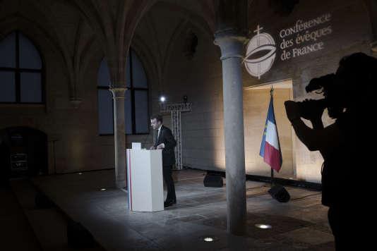 Discours d'Emmanuel Macron à la Conférence des évêques de France, au collège des Bernardins à Paris, le lundi9 avril 2018.