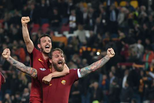 La joie des joueurs de la Roma après leur qualification face au FC Barcelone, le 10 avril.