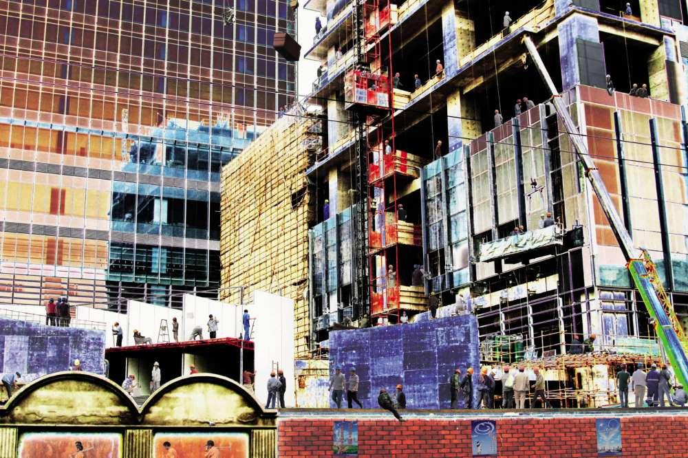 « À Shanghaï, un M en construction. »