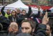 Jean-Luc Mélenchon (LFI) lors de la manifestation nationale des cheminots contre le projet de réforme de leur statut, à Paris le 22 mars.