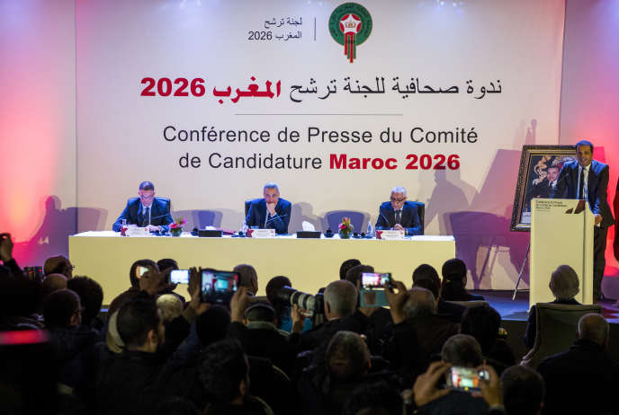 Lors d'une conférence de presse des acteurs de la candidature marocaine, àCasablanca, le 23 janvier.