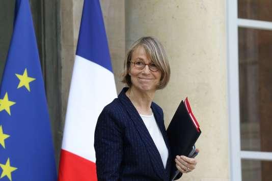 La ministre de la culture, Françoise Nyssen, à la sortie du conseil des ministres à l'Elysée, à Paris, le 11 avril 2018.