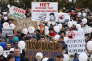 Manifestation contre la pollution issue de la décharge Iadrovo par les habitants de la ville de Volokolamsk, près de Moscou, le 1er avril.
