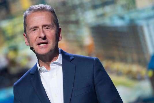 Herbert Diess lors d'une conférence le 15 janvier 2018 lors du Salon international de l'automobile d'Amérique du Nord, à Détroit, Etats-Unis.