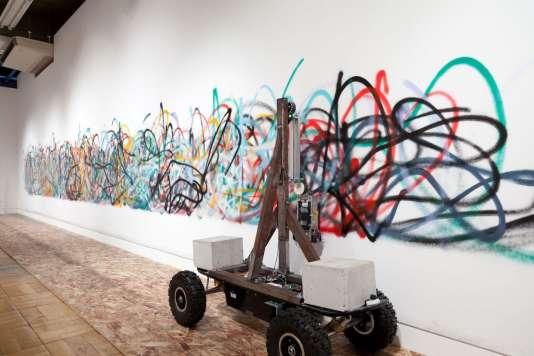 «Senseless Drawing Bot», de Yohei Yamakami (2011).