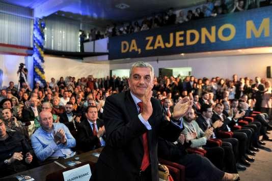 Le leader de l'opposition monténégrine, le candidat Mladen Bojanic, lors d'un meeting à Podgorica le 12 avril 2018.