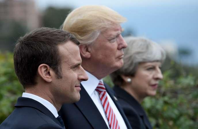 Emmanuel Macron, Donald Trump et Theresa May, le 26 mai 2017, lors du G7 àTaormine (Sicile).