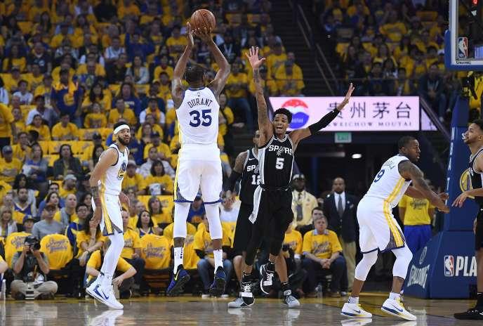 Kevin Durant, lors de la victoire de Golden State, contre San Antonio, le 14 avril 2018.