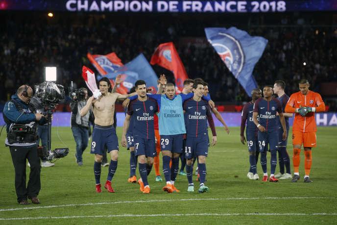 Les Parisiens après leur victoire 7-1, contre Monaco, le 15 avril 2018.