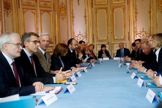 Réunion organisée par Edouard Philippe dimanche 15 avril à Matignon pour évoquer les frappes menées contre l'arsenal chimique du régime de Damas.