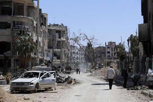La ville de Douma, près de Damas, où l'armée syrienne est accusée d'avoir mené une attaque chimique contre des civils, lundi 16 avril 2018.