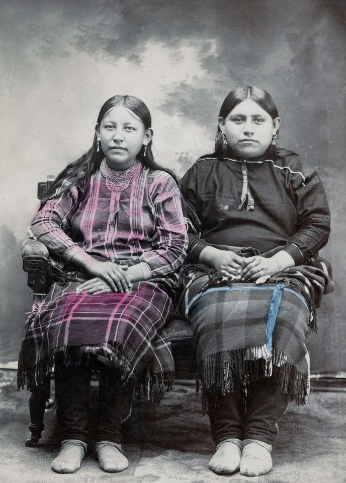 Deux jeunes Osages, Oklahoma, début du XXe siècle.