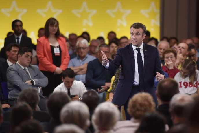 Emmauel Macron, à Epinal (Vosges), le 17 avril 2018.