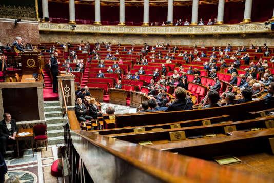 L'encadrement du pouvoir du Parlement est une critique récurrente depuis l'adoption de la Constitution, en1958.