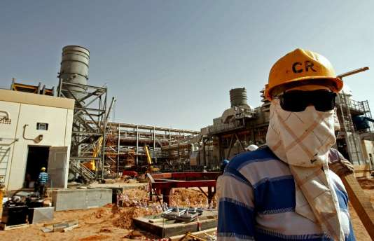 Une installation pétrolière de la compagnie Saudi Aramco, à 160 km de Riyad, le 23 juin 2008.
