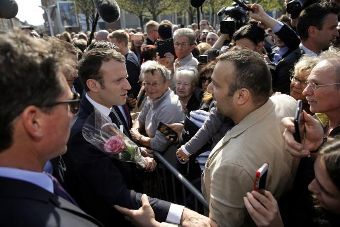 Emmanuel Macron, à Saint-Dié-des-Vosges, le 18 avril.